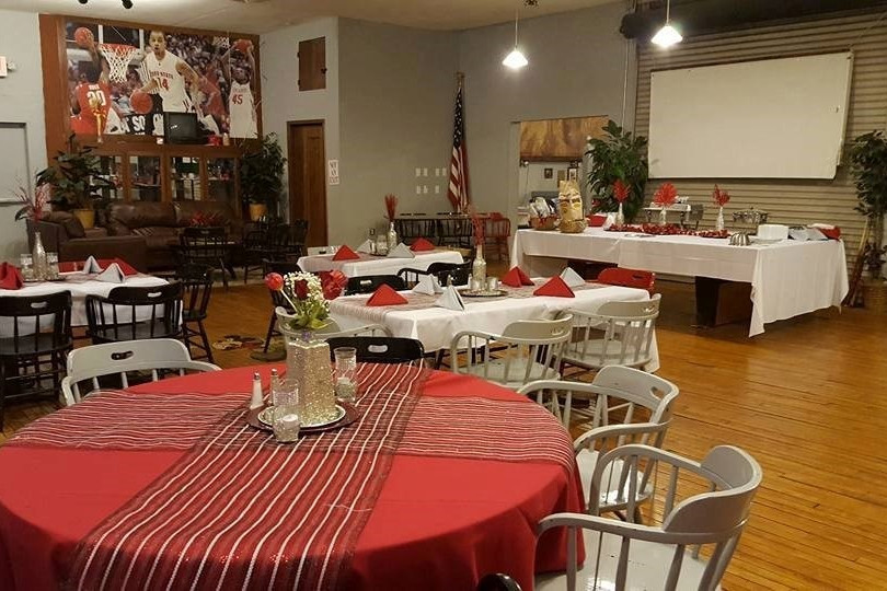 Red and White themed Wedding Reception at The Tailgate Club